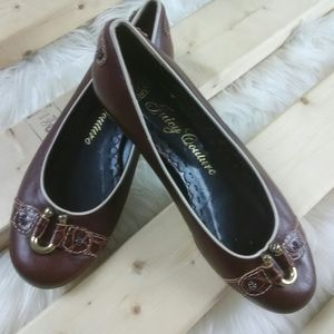 Juicy Couture ladies Brown flats size 8.5